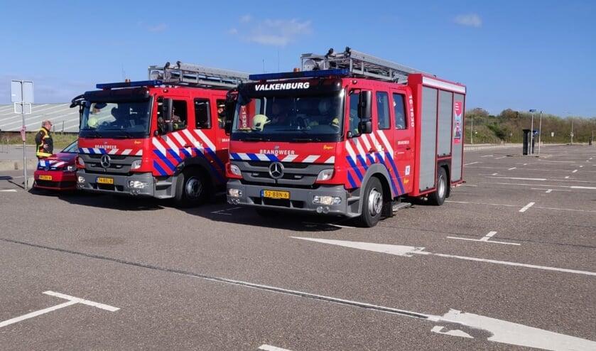 <p>De brandweerwagens van Rijnsburg en Valkenburg stonden standy</p>