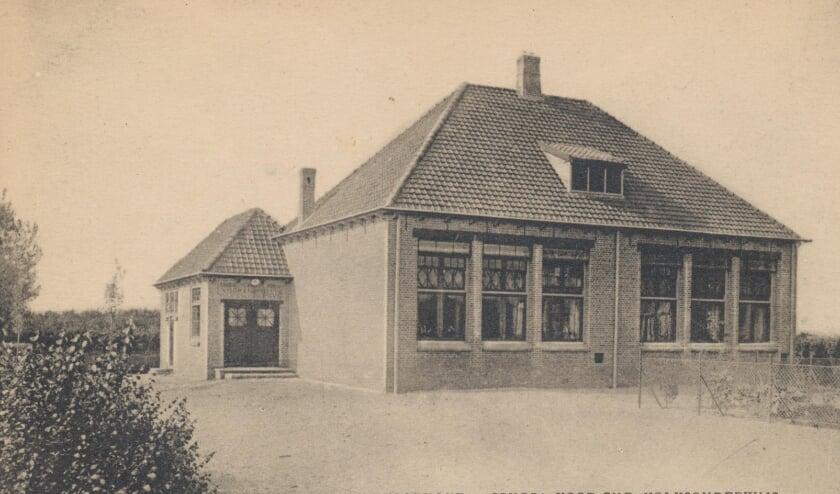 De voormalige Christelijke school Jacoba van Beierenweg omstreeks 1923.