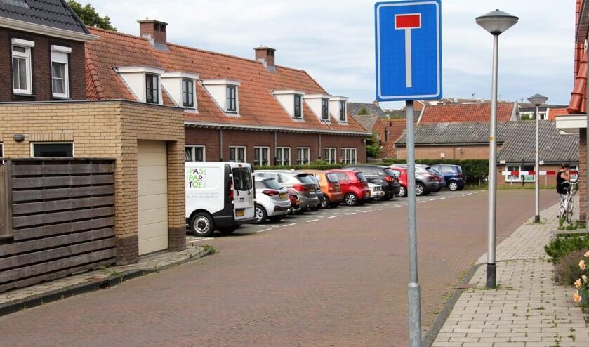 Vooral de te verwachten verkeersbewegingen door de Albertus van Velzenstraat zorgen voor veel ongerustheid.