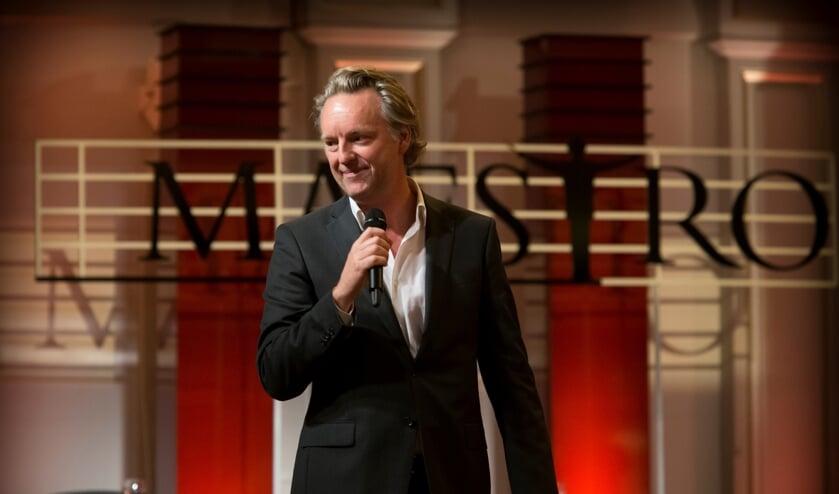 Tv producent Taco Zimmerman op de set bij ´zijn´ Maestro.