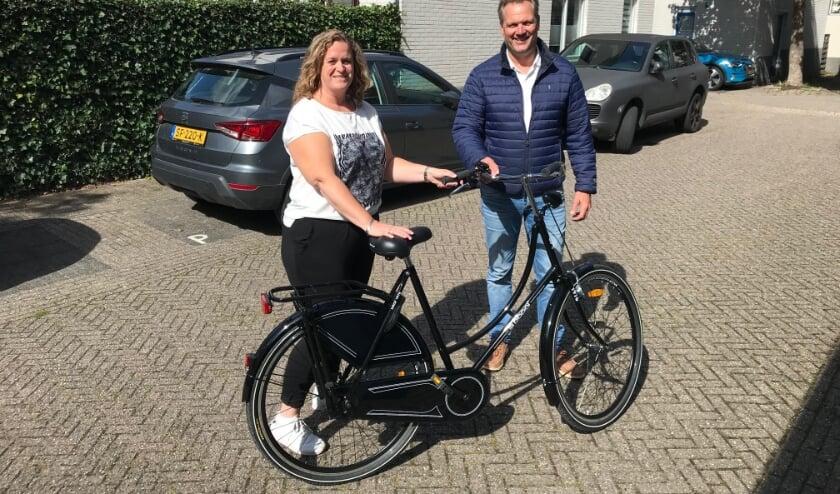 Monica kan lekker fietsen door Warmond. | Foto: PR