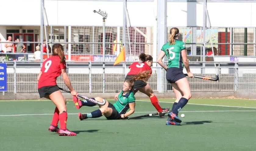 MHC Voorhout ging hard onderuit tegen Scoop.