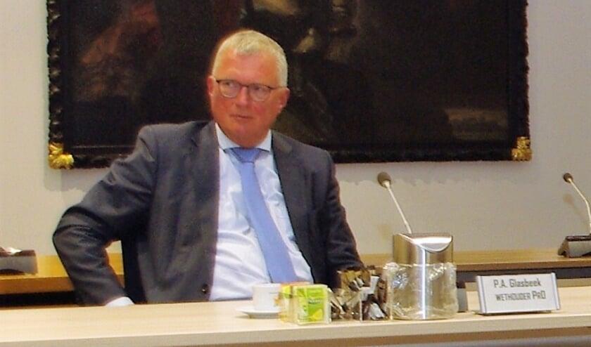 <p>Wethouder Peter Glasbeek bij de presentatie van het nieuwe coalitieakkoord twee weken geleden.   Foto Willemien Timmers</p>