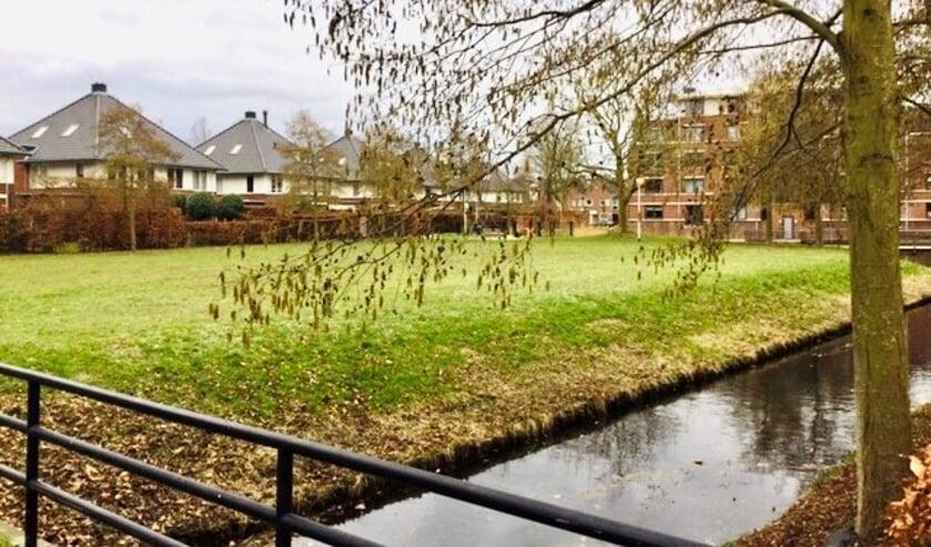 <p>Woningstichting De Key uit Amsterdam is van plan om de locatie via een openbare tender te verkopen. | Foto: JD.</p>