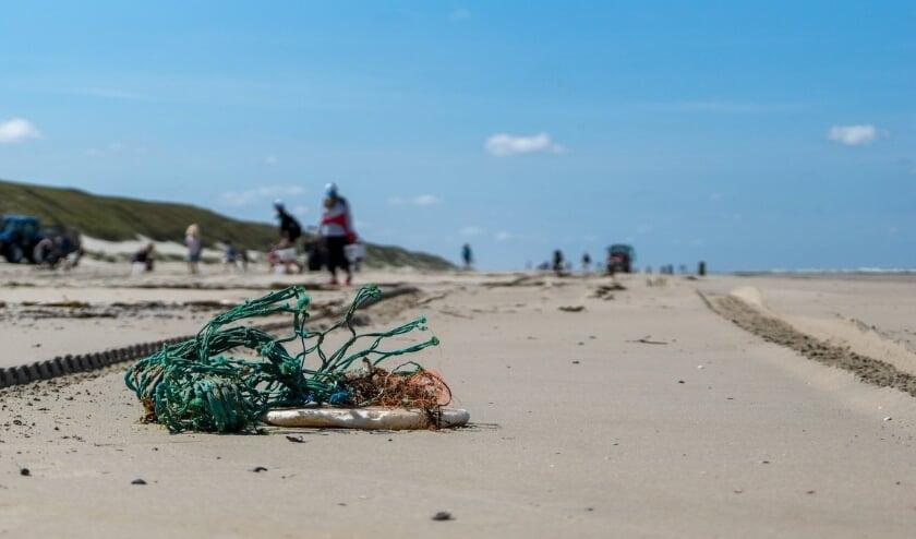 <p>De hoeveelheid visserij-gerelateerd afval neemt ook af.</p>