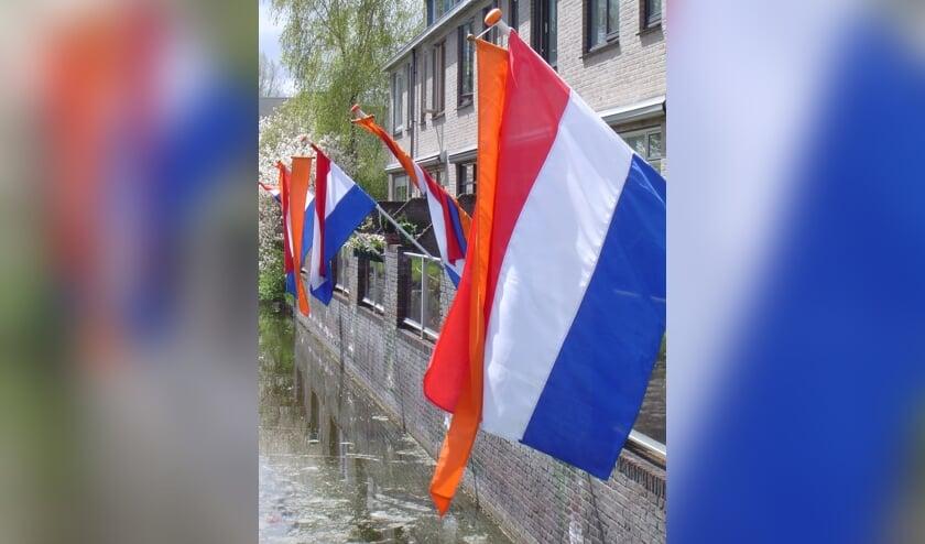 De Oranjevereniging Leiderdorp hoopt dat bij veel Leiderdorpse huizen op Koningsdag de vlag met oranje wimpel uitgestoken wordt.